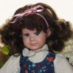 Прекрасная,редкая,винтажная,немецкая кукла ручной работы (Gilde Handwerk collektion) .