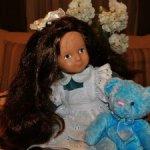 Чудесная,в хорошем состоянии,немецкая ,винтажная кукла из Ностальгической серии.