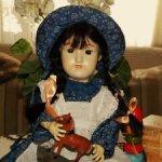 Редчайшая,интересная реплика на антикварную куклу ,полностью шарнирная,от Sigikid-Германия.