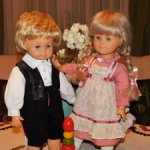 Чудесные,винтажные ,парные куклы от немецкой компании Engel-Puppe. Отличные! Цена за пару.