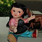 Редкая,винтажная азиаточка из композита ,красивая,маленькая куколка с рисованными глазкми.