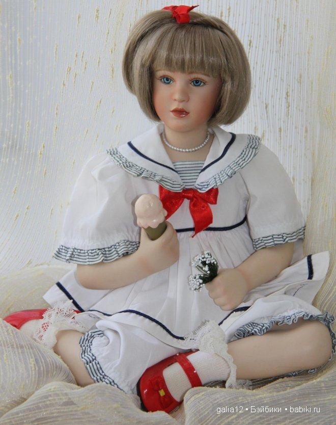 Pamela Phillips, Маделяйн