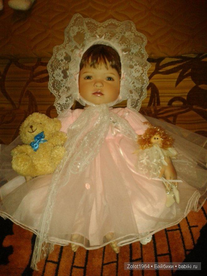Кукла из бисквитного фарфора от Gloria Vanderbilt