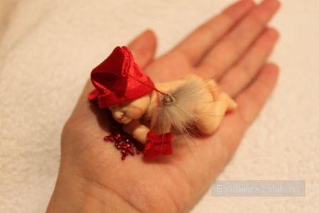 Ирина Мекко, Fimo puppen, малыш из пластики, малыш на апельсине, санта клаус, новогодний сувенир, спящий малыш