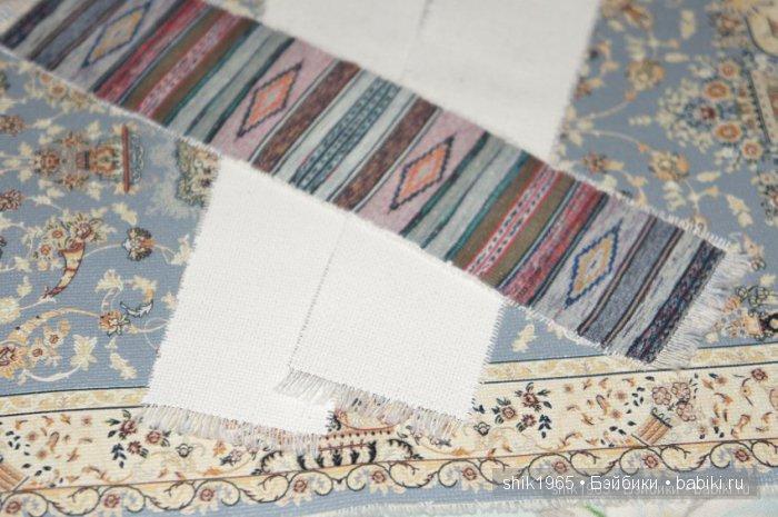 обраная сторона печатных ковриков и половичков белая