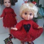 Красное мохеровое платье с брошью для Фейсинок