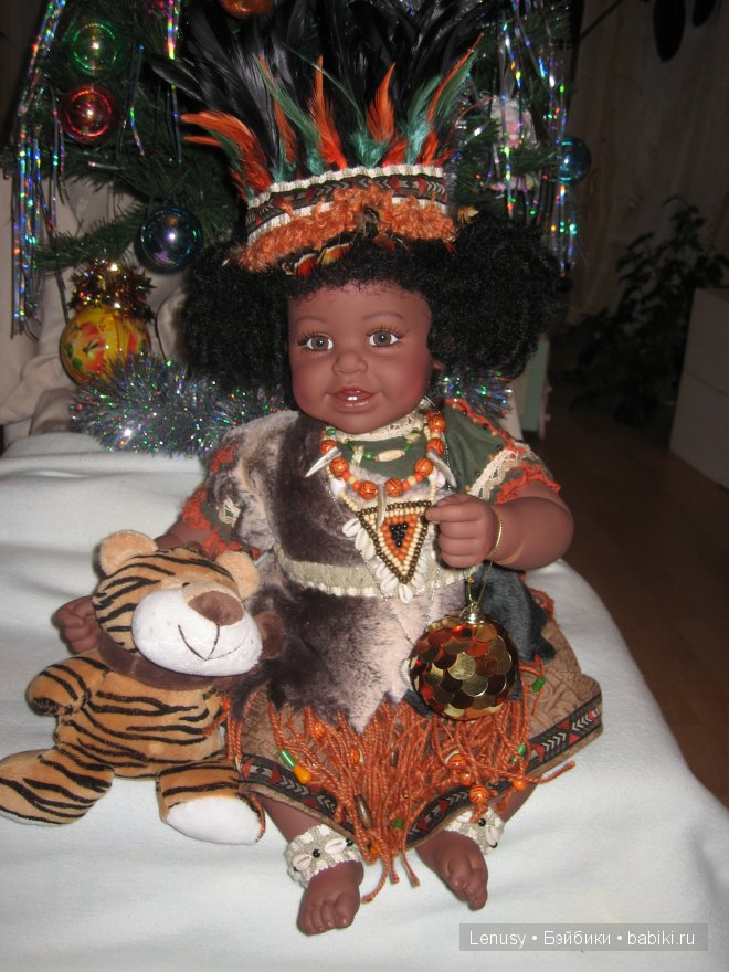 Малыш Мукки с Новой Гвинеи  - С Новым Годом!