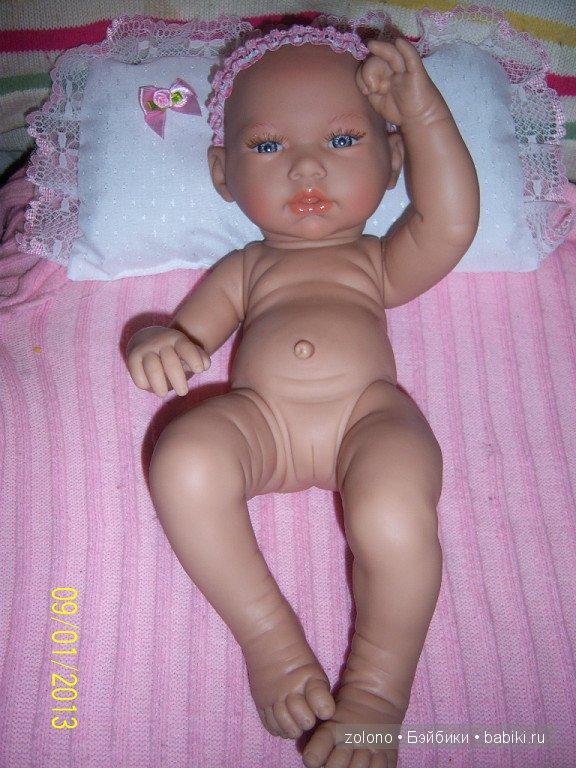 Малышечка-голышечка