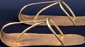 Старинная обувь – источник вдохновения для создания своих моделей обуви
