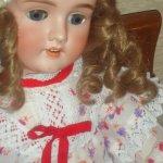 Прекрасная антикварная кукла Изабель