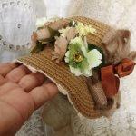 Капор с лентой для винтажных или антикварных красавиц
