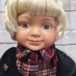 Винтажный фарфоровый мальчик из Германии.