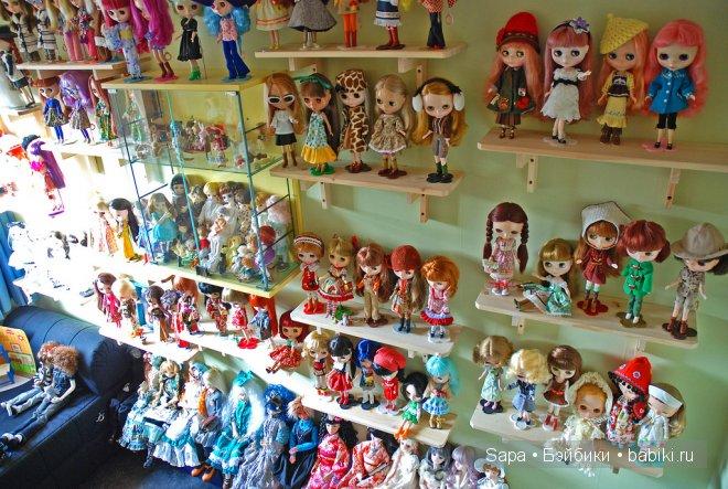 Полка для кукол