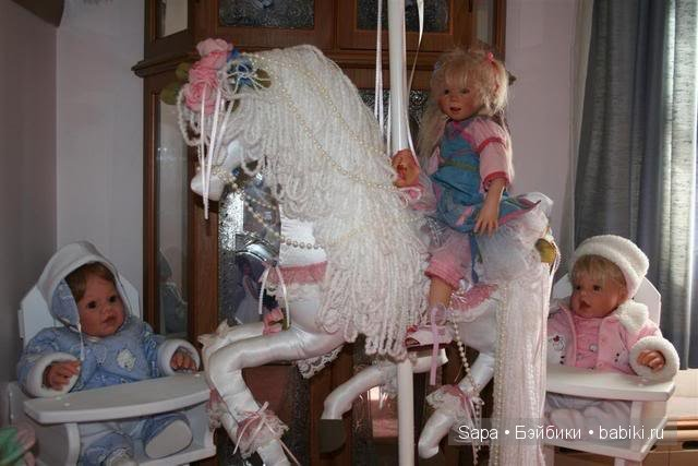 Лошадка для кукол