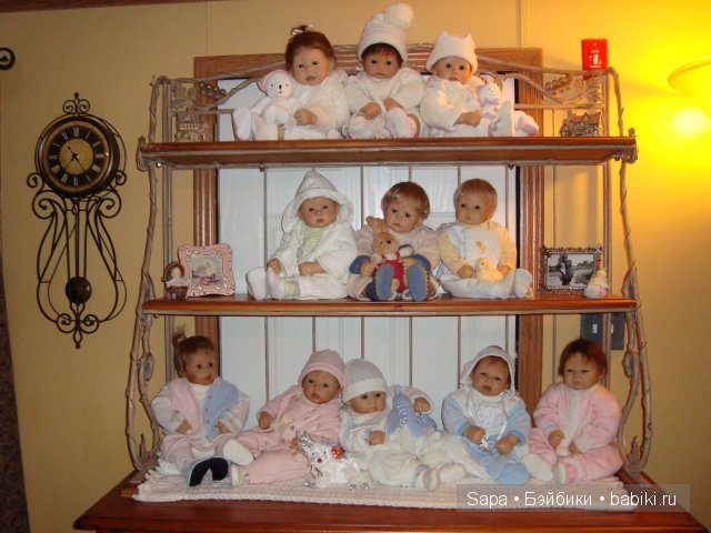 Полочка для кукол