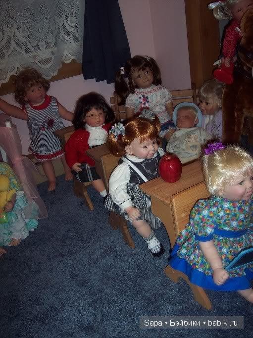 Парты для кукол
