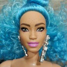 Barbie Extra пышка с голубыми волосами . Нюд. Пересылка в цене