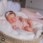 Малышка Настенька