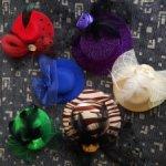 Шесть шляпок ищут своих хозяек