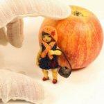 Мэри Энн. Шарнирная миниатюра из дерева