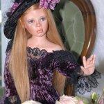 Незнакомка Блока, или фарфоровая кукла Женева от Карен Алдерсон
