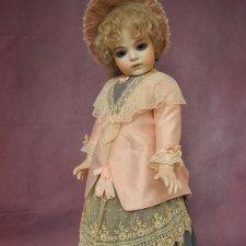 Шелковое платье и шляпка для антикварной куклы 60-63 см