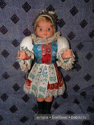 Panenka Малинка (LIDOVÁ TVORBA) - куколка в чешском традиционном костюме