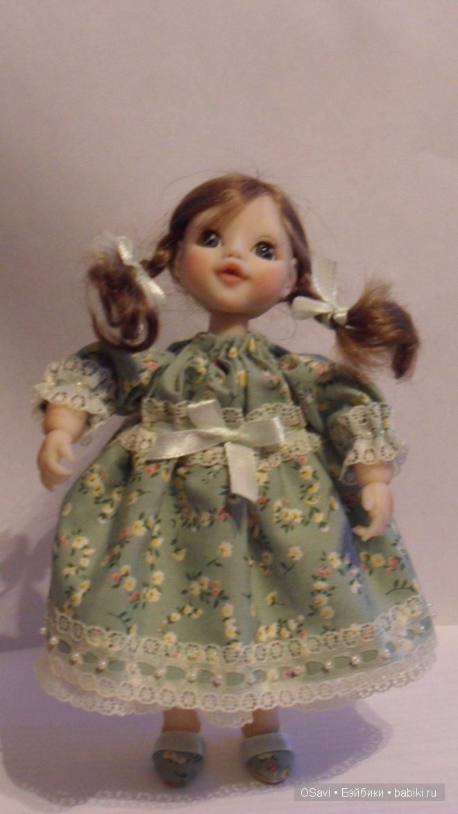 Куколка 13 см, материал-Fimo, тело каркас-ручки, ножки груться,голова на шее-шарнире