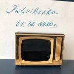 Телевизор для пупсиков