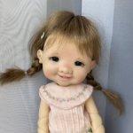 Продам Джиджи в цвете мёд с париком. Только на два дня цена-45000!