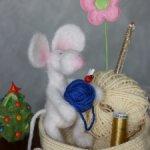 Очаровательная парочка мышат.