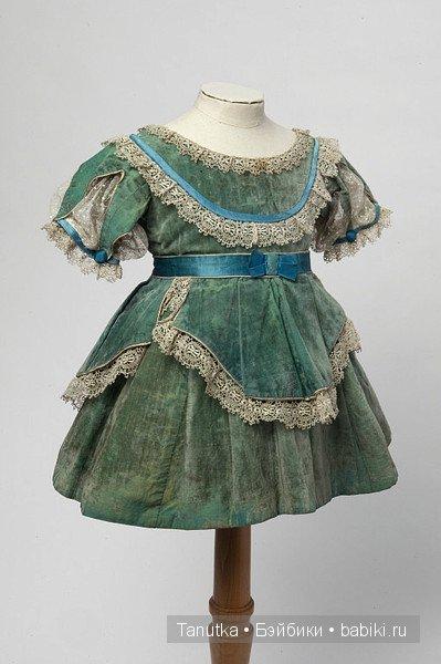Пытаемся одеть антикварную куклу. Немного о детской и кукольной моде XIX-начала XX века