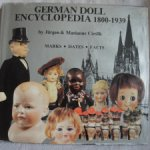 Энциклопедия об антикварных куклах