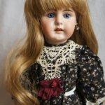 Парик для куклы 9