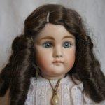 Мохеровый парик для куклы
