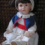 Леди с лампой. Фарфоровая кукла Флоренс Найтингей
