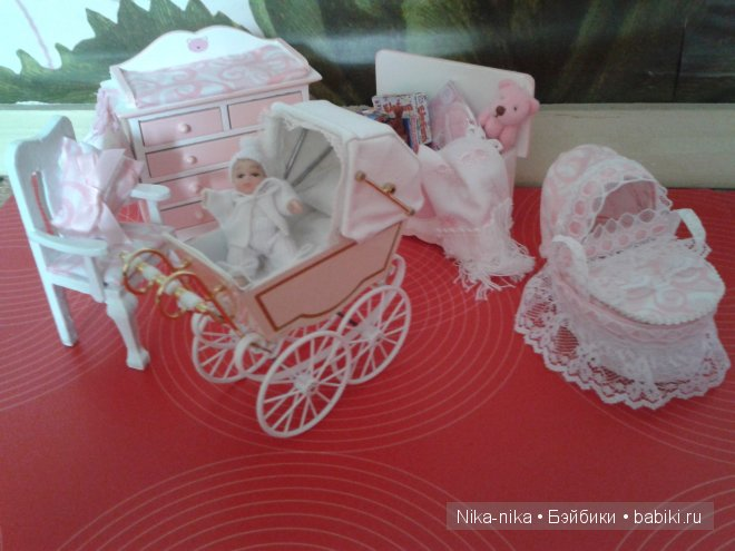 Чудо миниатюрное - коляска для кукольного домика