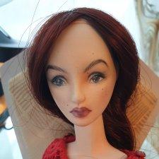 Продам авторскую шарнирную куколку из флюмо.