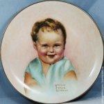 Винтажная фарфоровая тарелка с малышом