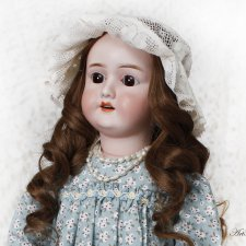 Новый образ антикварной куклы Гали