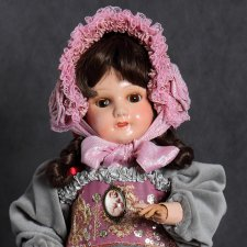 Антикварная французская кукла Козетта