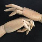 Деревянные кисти рук большие