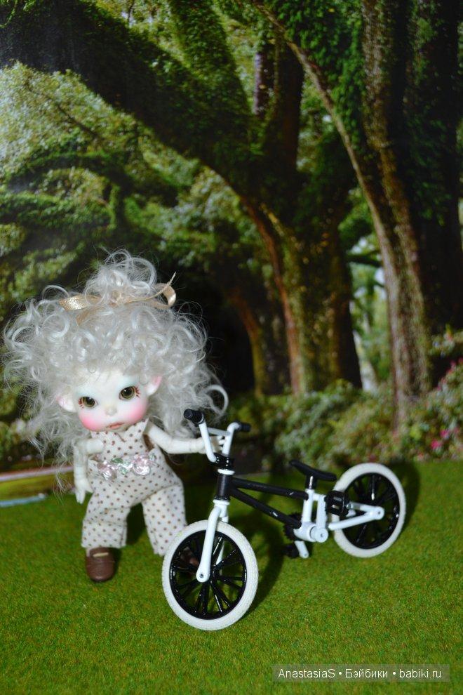 На чердаке нашли велосипед..