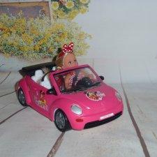 Встречаем сестру Минни в кабриолете
