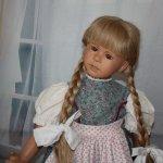 Послушная девочка Надя от Ruth Treffeisen