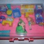 Чемоданчик с куколкой и мебелью из 90-х