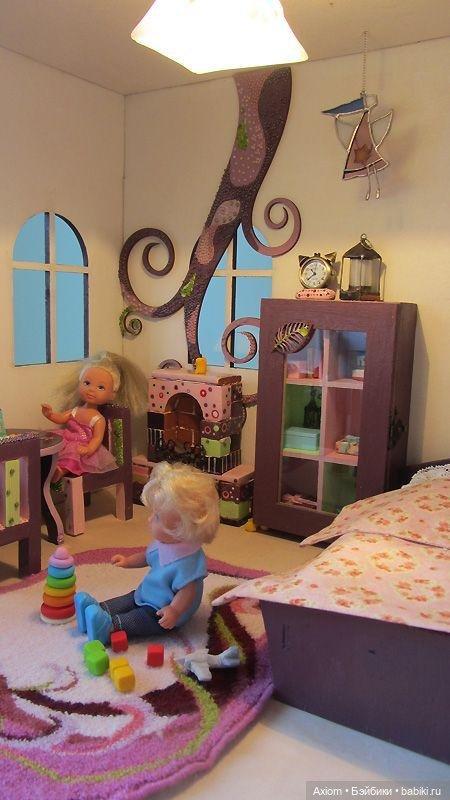 свет в кукольном домике
