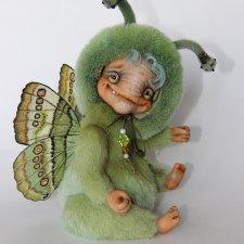 ЖуЖик  - зеленая бабочка