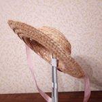 Шляпка соломенная