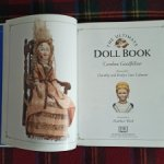 Книга «The ultimate Doll Book», автор Caroline Goodfellow